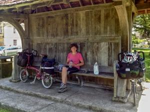 Lunch break, Holt village green